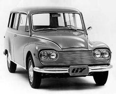 DKW Vemag 1967 - Aos 15 e 16 dirigi muuuuito a de Mama, que não gostava nem de guardar e nem colocar na garagem. Daí então... gastei muita mesada em combustível... câmbio no eixo da direção, três marchas. Três pessoas de boa na frente. Em Marília, SP.