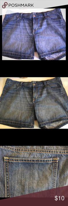 Flirt by Old Navy Size 16 Shorts Dark Denim Flirt by Old Navy Size 16 Shorts Dark Denim - worn but no holes,stains, rips or tears Old Navy Shorts Jean Shorts