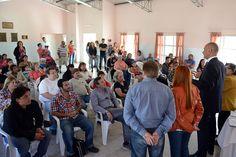 """Recuperarán el edificio de la antigua sede vecinal de Restinga Alí http://www.ambitosur.com.ar/recuperaran-el-edificio-de-la-antigua-sede-vecinal-de-restinga-ali/ La obra requerirá una inversión de un millón de pesos y será financiada por el Estado Provincial a partir del Programa """"Invertir Igualdad"""". Además, se proyecta la recuperación del camping y paseo costero.      El gobernador Martín Buzzi, al rubricar este jueves el convenio de obra, sostuvo que """"tenemo"""