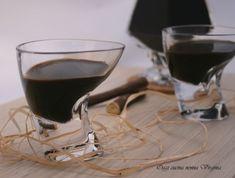 Il liquore alla liquirizia è una bevanda digestiva da fine pasto a base di polvere di liquirizia purissima calabrese,un liquore cremoso e molto profumato.