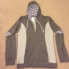 "NWT Saks Fifth Ave Contrast Nautical Hoodie XL Brand new w/tags from Saks Fifth Ave for men  -olive green; striped contrast   -inside is soft & warm -lightweight -41% cotton, 38% rayon 21% polyester  Measurements  Chest: 45"" Length: 30""  Tags for exposure: Obey, RVCA, Penguin, Topman, Stussy, Stampd, Supreme, Kith, French Connection, Michael Kors, Calvin Klein, Polo Ralph Lauren, Urban Outfitters, Sovereign Code, Black Rivet, Seven Diamonds, Bonobos, Jack Spade, J. Crew, Zara, H&M, Express…"
