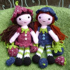 Strawberry Sally and Blueberry Blythe are so pleased to meet you!