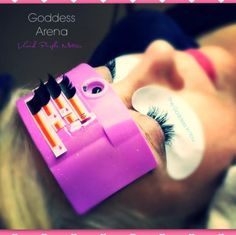 Wanna save time when applying lashes? The #GoddessArena will do the trick! It's washable, reusable and comes in 7 COLOURS! You can order yours at thegoddessinyou.ca