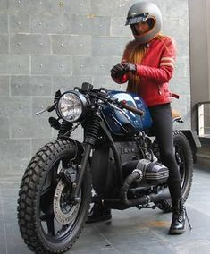 Vintage Motorcycles Likes, 56 Comments - Cafe Racers Cafe Racer Style, Cafe Racer Girl, Cafe Racer Bikes, Custom Bmw, Custom Bikes, Bmw Motorcycles, Vintage Motorcycles, Bmw R51, Motos Vintage