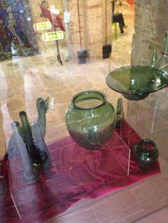 Nel museo di Piegaro sono esposti oggetti un po' vetró #AlTrasimeno foto di @liaceli