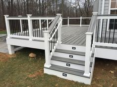 The best deck lighting ideas to illuminate your outdoor gatherings. You won't believe the transformation deck lights make to your backyard! Deck Stairs, Deck Railings, Railing Ideas, Deck Balustrade Ideas, Composite Deck Railing, Deck Stair Lights, Outdoor Stair Railing, Front Porch Railings, Railing Design