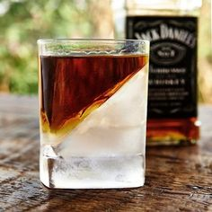 The Whiskey Wedge (freeze ice on its side)