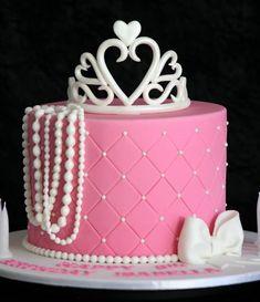 Pink Princess Birthday Cake, with pearls tiara! Pretty Cakes, Cute Cakes, Beautiful Cakes, Amazing Cakes, Birthday Cake Girls, Princess Birthday, 13th Birthday, Princess Party, Birthday Cakes