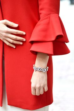Statement Sleeve & a Statement Bracelet. Click through for all the details!