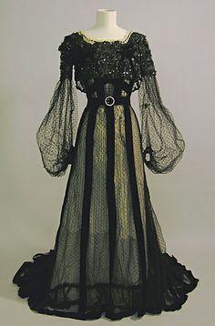 98 Evening dress circa 1900 - Fashion Designing of Juanita