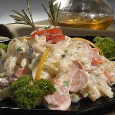 Egy finom Virslis tésztasaláta ebédre vagy vacsorára? Virslis tésztasaláta Receptek a Mindmegette.hu Recept gyűjteményében! Quiche Muffins, Cold Dishes, Eat Pray Love, Hungarian Recipes, Pasta Salad, Salad Recipes, Potato Salad, Easy Meals, Food And Drink