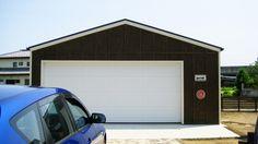 イープランの木造ガレージG-BBです。 #ガレージ #garage #木造ガレージ #物置 #小屋 #倉庫 #物置小屋 #車庫 #収納 #格納 #格納庫 #イープラン #eeplan #全国工事対応 #全国基礎工事対応 #見積無料 #資料請求無料