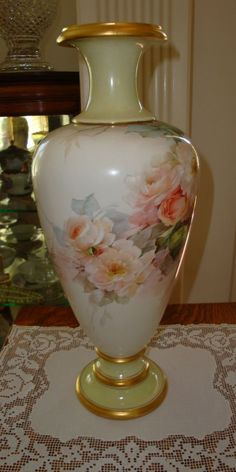 Antique American Belleek Master China Painter George Leykauf signed 1898 Century Museum Quality ~Breath Taking Roses~ China Porcelain, Painted Porcelain, Colored Vases, Antique Paint, Pottery Making, China Painting, Flower Vases, Glass Art, Sculpture
