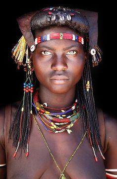 Mucawana Women - In Portrait