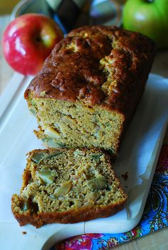 pumpkin banana bread with apples - made with ripe bananas, Greek yogurt, pumpkin purée, fresh apples, and cinnamon