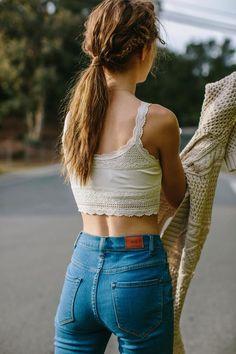Croped top + High Waist Jeans..