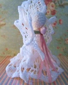Free Crochet Pattern: Victorian Vintage Angel Christmas Ornament
