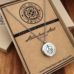Celtic Mother & Child Knot - Essential Oil Diffuser Necklace - Stainless Steel - Silver Tone