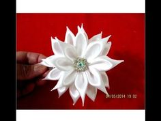 Flores blancas hermosas pétalos de rectángulos  kanzashi en cintas - YouTube