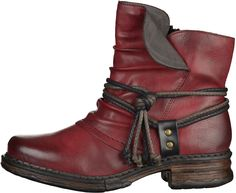 Brown biker boats outfit ems 55 ideas for 2019 Hot Shoes, Crazy Shoes, Me Too Shoes, Shoes Heels, Bootie Boots, Ankle Boots, Cute Boots, Winter Shoes, Cowgirl Boots