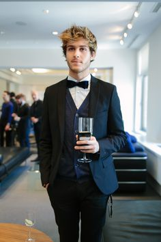 Adam Gallagher from I Am Galla, looking dapper at the event.♥♥♥♥♥♥
