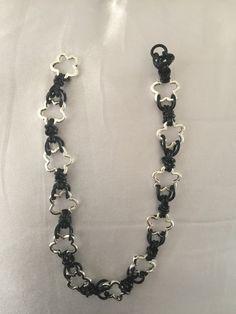 Shackle Necklace begin van een lange ketting