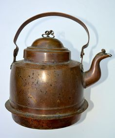Antique European Selma Two Liter Copper Tea Kettle with Articulated Spout Cover and Bail Handle