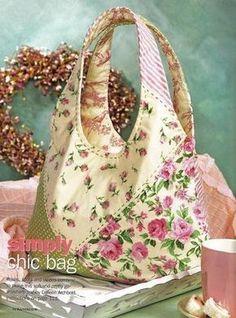 Hoy traigo el patrón de este bonito bolso confeccionado entela, floreado y con asas largas, sencillo y muy bonito.                                                                                                                                                      Más