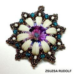 by Zsuzsa Rudolf, pattern by Kovács Éva