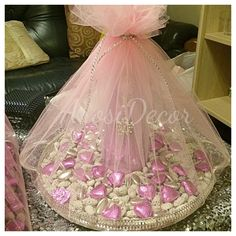 Shirni tray for Afghan Engagements. #afghanwedding #shirnikhori #arosidecor #pinktheme