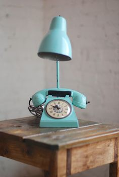 Retro Phone Table Lamp - Groovy!
