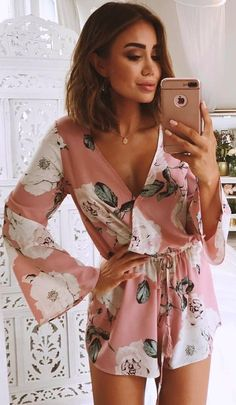 #Summer #Outfits / Pink Flower Print Playsuit