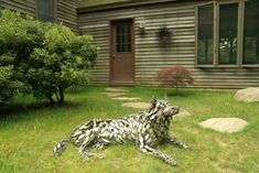 Husky Memorial by Williams: This dog sculpture is a memorial for a family's husky.from Metal Marvels - Astounding Animal Sculptures of Chris Williams Dog Sculpture, Steel Sculpture, Animal Sculptures, Chris Williams, 3d Dog, Welding Art, Dog Memorial, Pretty Art, Dog Art