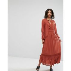 Discover the latest dresses with ASOS. From party, midi, long sleeved and maxi dresses to going out dresses. Shop from thousands of dresses with ASOS. Modest Fashion, Latest Fashion Clothes, Fashion Online, Asos, Mode Simple, Cutout Dress, Going Out Dresses, Smock Dress, Latest Dress
