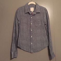 """Joe's Jeans cotton button down shirt Super soft, casual shirt. 100% cotton. Kind of like a chambray material. 26"""" length along the buttons. 25.5"""" length along the sleeves. Joe's Jeans Tops Button Down Shirts"""