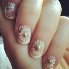 Pin for Later: 21 Stars Who Are, Um, Nailing Their Instagram Manicures Zooey Deschanel