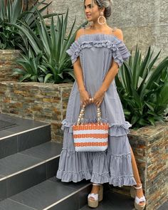 Excellent maxi dresses are readily available on our internet site. Take a look and you wont be sorry you did. Abaya Fashion, Fashion Dresses, Look Fashion, Womens Fashion, Fashion Design, Fashion Tips, Cute Summer Outfits, Summer Dresses, Casual Wear