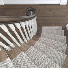 Pretty Painted Stairs Ideas to Inspire your Home stair carpet runner (stairs painted ideas) Tags: carpet stair treads, striped stair carpet, stair carpet ideas stair+carpet+ideas+staircase Wall Carpet, Diy Carpet, Modern Carpet, Carpet Flooring, Rugs On Carpet, Carpet Ideas, Bedroom Carpet, Carpets, Sisal Carpet