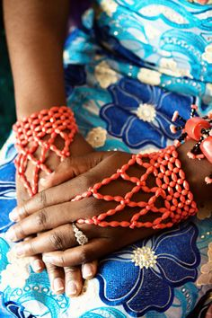 Nigerian Traditional Wedding: Abby + Maxwell This in BLACK would be fab