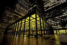 The Seagram Building, New York,  Architect : Ludwig Mies van der Rohe (March 27, 1886 – August 17, 1969)