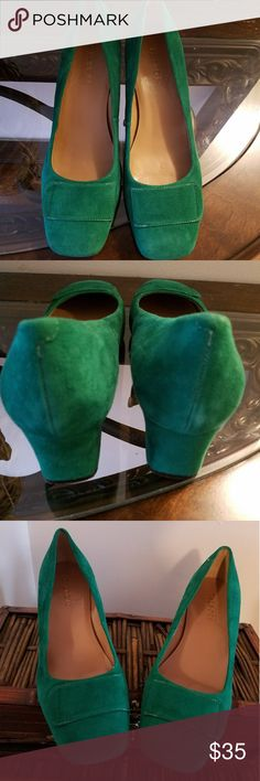 Talbots shoes Beautiful green suede shoes, made with genuine leather upper Talbots Shoes Heels
