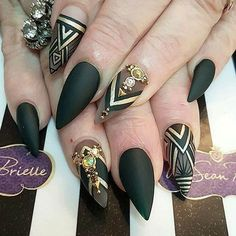 iFollow me for more beautiful nails! pinterest.com/hellowmysunshine