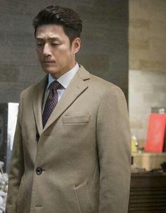 Korean Drama Online, Dramas Online, Korean Actors, Jin, Beautiful People, Suit Jacket, Models, Jackets, Fashion