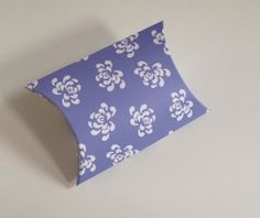 lilac purple pillow box for wedding favour