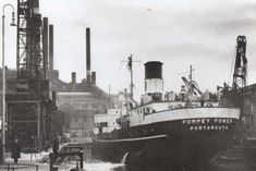 The collier Pompey Power arriving at her dock opposite the power station. (Barry Cox collection) PPP-160111-151411001