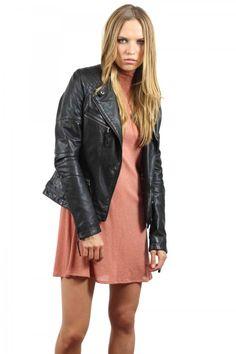 Chaqueta de piel en color negro tipo bicker, new colection, System Action, clothes, ropa, tienda online, online shop