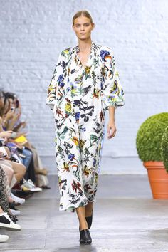 Tibi Fashion Show Ready to Wear Collection Spring Summer 2017 in New York