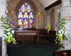 St Giles, Ludford, Easter 2011 - chancel arch and sanctuary.