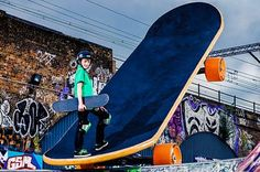 Giant skateboard takes sport to extreme - UK - News - Evening Standard