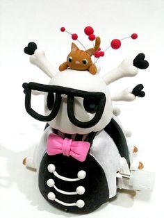 Windup toy skull